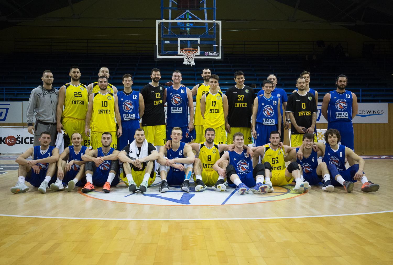 Aj keď sa stretnutie medzi basketbalistami BK Inter Bratislava a IMC  Slovakia Považská Bystrica skončilo podľa očakávania víťazstvom tímu z  Eurovia SBL c5c98a2de8e